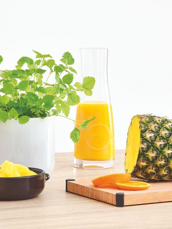 Ananas und Saft
